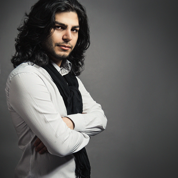 Navid Naeini – Daram Az Dast Midam Toro