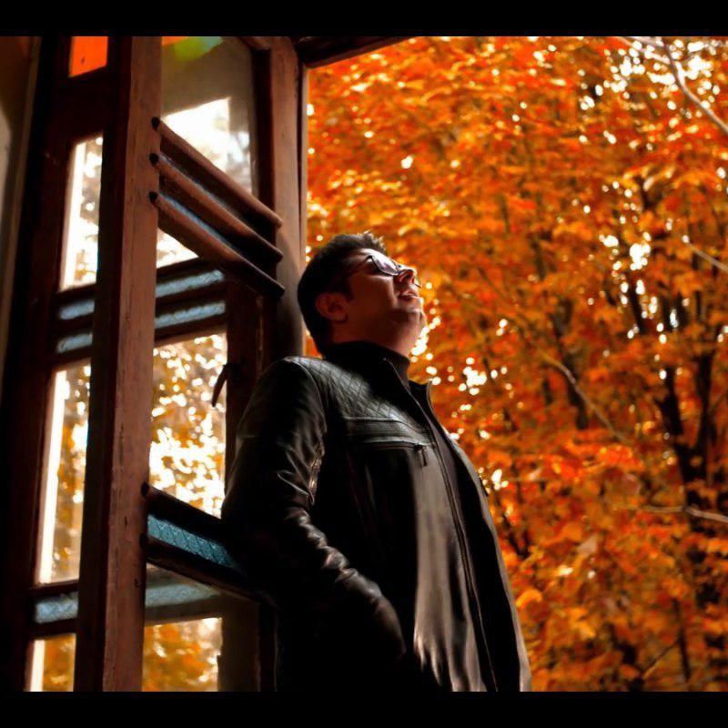 Hojat Ashrafzadeh – Refigh